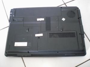 compaq-V3736TU-03