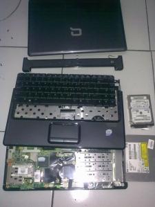 compaq-V3736TU-11